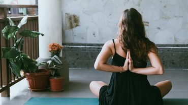 How You Can Use Meditation to Overcome Challenges in Life