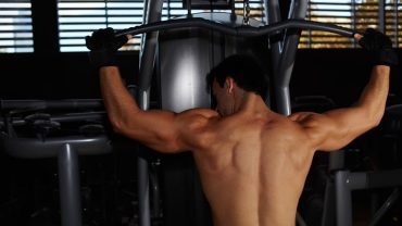 bulk up shoulder muscles