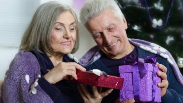 buying gifts for seniors