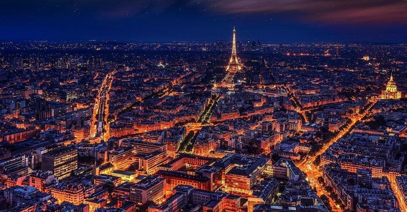 reasons to visit paris