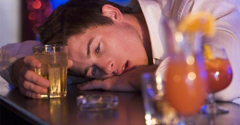 signs of binge drinking