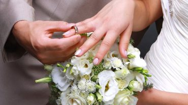 tie the knot with wedding loans